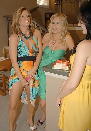 Sexy Hot Milf Lesbians