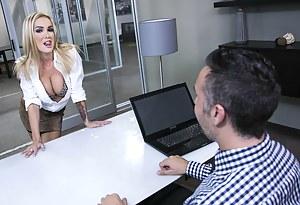 Free MILF Seduction Porn Pictures