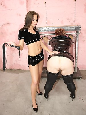 Free MILF Punishment Porn Pictures