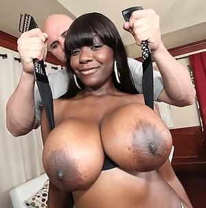 Free Black MILF Big Tits Porn Pictures