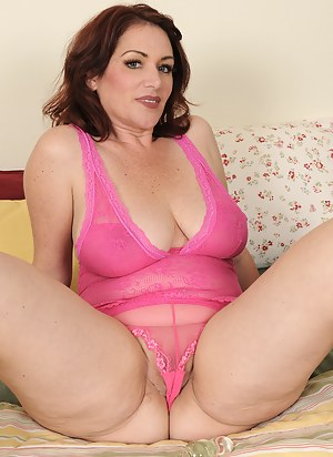 Can recommend chubby redhead gilf consider